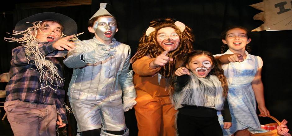 Lo nuestro es puro teatro - Clases de teatro para niños en colegios Valencia